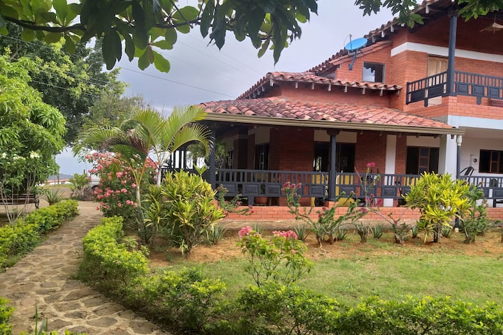 Hotel  San  Miguel Barichara