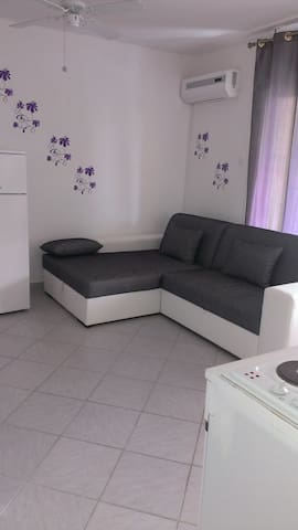 Stretchable couch for 2 in the living room
