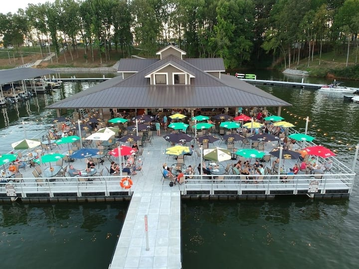 Spectacular Lake Townhouse at Twin Creeks Resort !