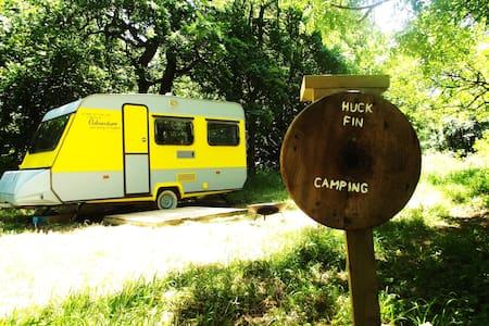 Huck Finn, Riverside Caravan Hotel - Nymet Rowland