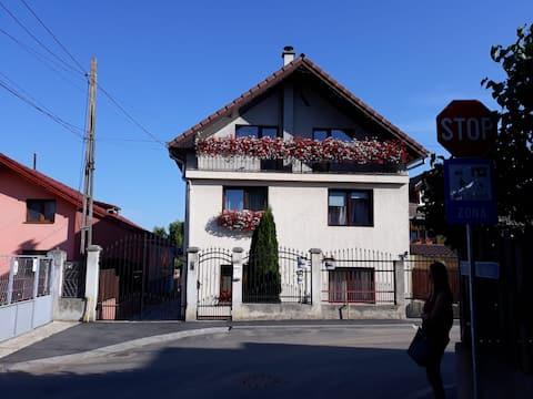 Crio's House