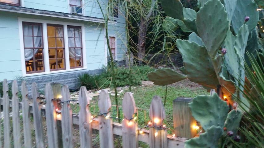 """""""La Casa de Paz """""""