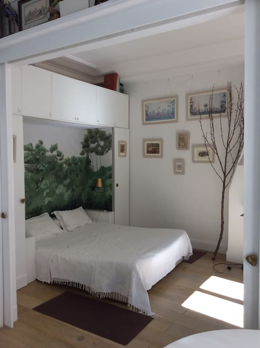 Chambre b b au calme 75009 guesthouse for rent in for Chambre bb paris