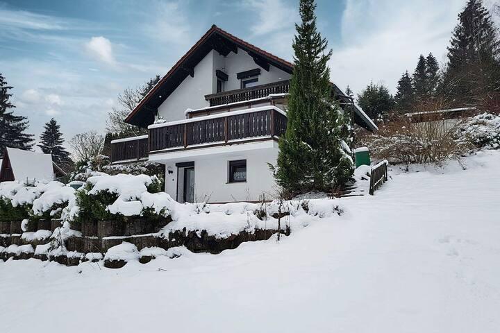 Ferienhaus Elke am Fusse des Domberg/Suhl