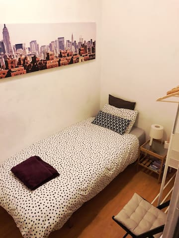 Cozy Individual Room in BCN