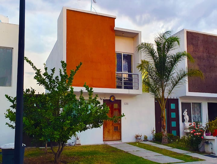 Nice Little Home to Relax or Work near Tequis