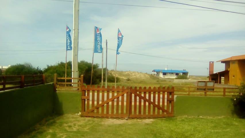 Alojamientos frente a la playa - Antoniópolis - Hus
