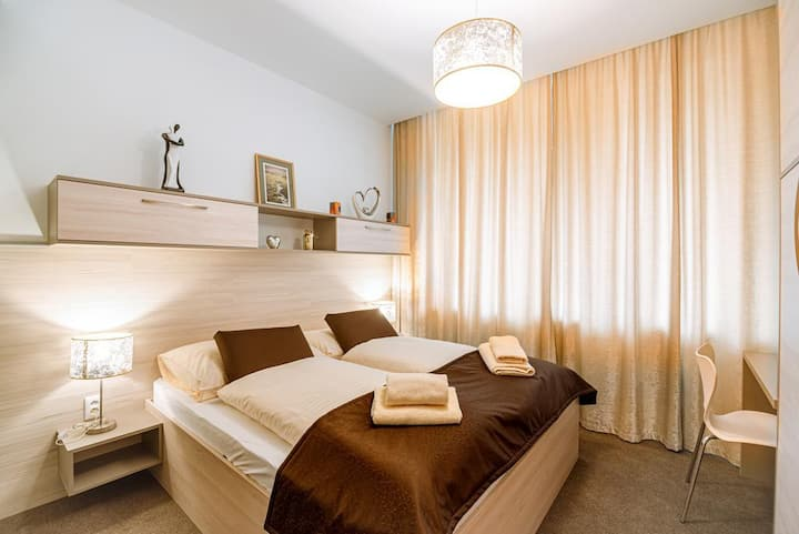Apartment ELEGANCE Hrebienok