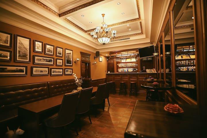 【杰克小镇大少爷房】中山路百年别墅老洋房近八市轮渡码头酒吧主题大床房