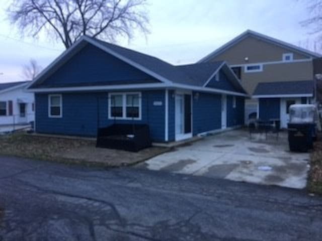 The Blue Beagle - 2 minutes from Gem Beach - Port Clinton - Ev
