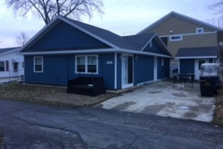 The Blue Beagle - 2 minutes from Gem Beach - Port Clinton - Ház