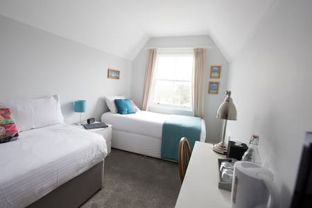 Twin room near the centre of Penzance - Penzance - Bed & Breakfast