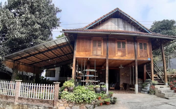 Lim's House in Mai Chau