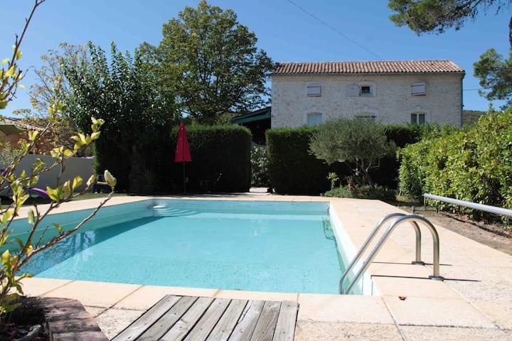 Mas authentique en Cévennes avec piscine