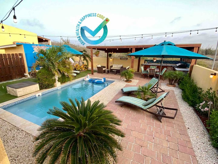 VillaSol w/pool, paradise awaits you!