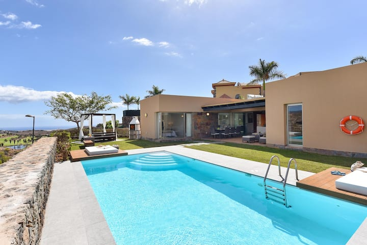 PAR4 Villa 24 with Private Pool