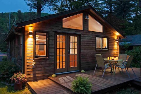 Cozy Catskills Cottage on the Esopus Creek