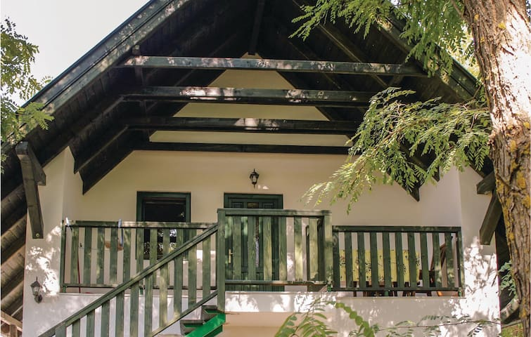 Holiday apartment with 1 bedroom on 45m² in Kunbaracs