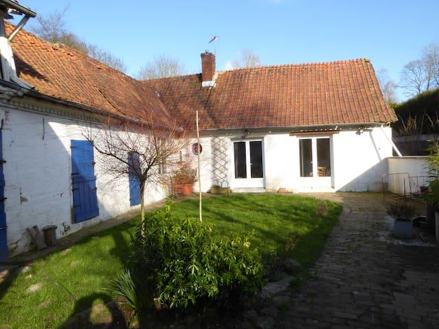 fermette ancienne campagne proche d' Arras (25km). - Gouy-en-Ternois