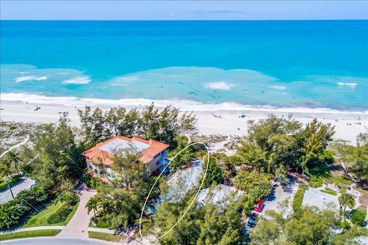 Sailfish Beach Resort 4
