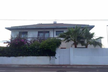 Bonita casa cerca del mar. - Burriana