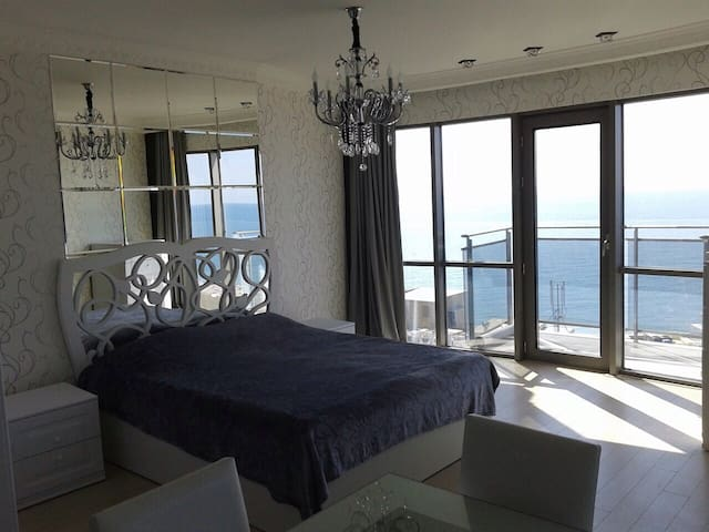AMAZING panorama, 50 m from the sea - Batumi - Appartement