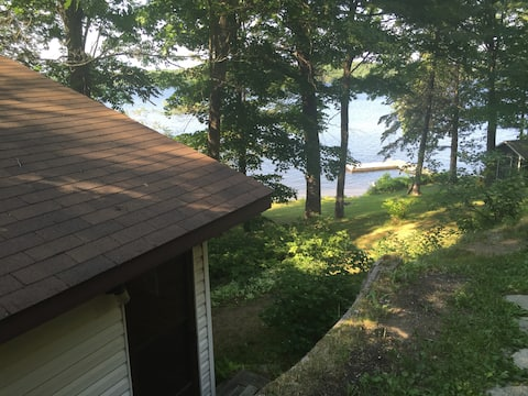 Lakeside 1 Bdrm cabin near Parry Sound