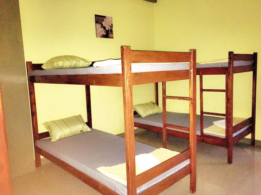 4 bunk beds available exclusive for men