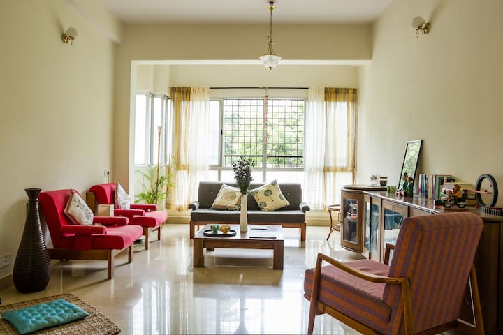 Modern Startuplike Arty Apartment - Bangalore - Apartment
