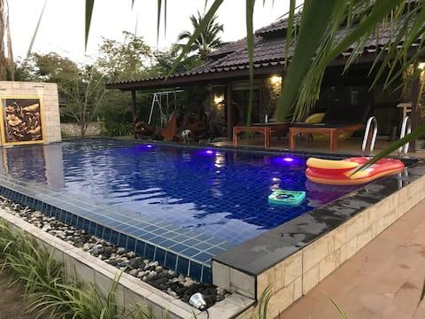 Rock Garden Pool villa E28+B