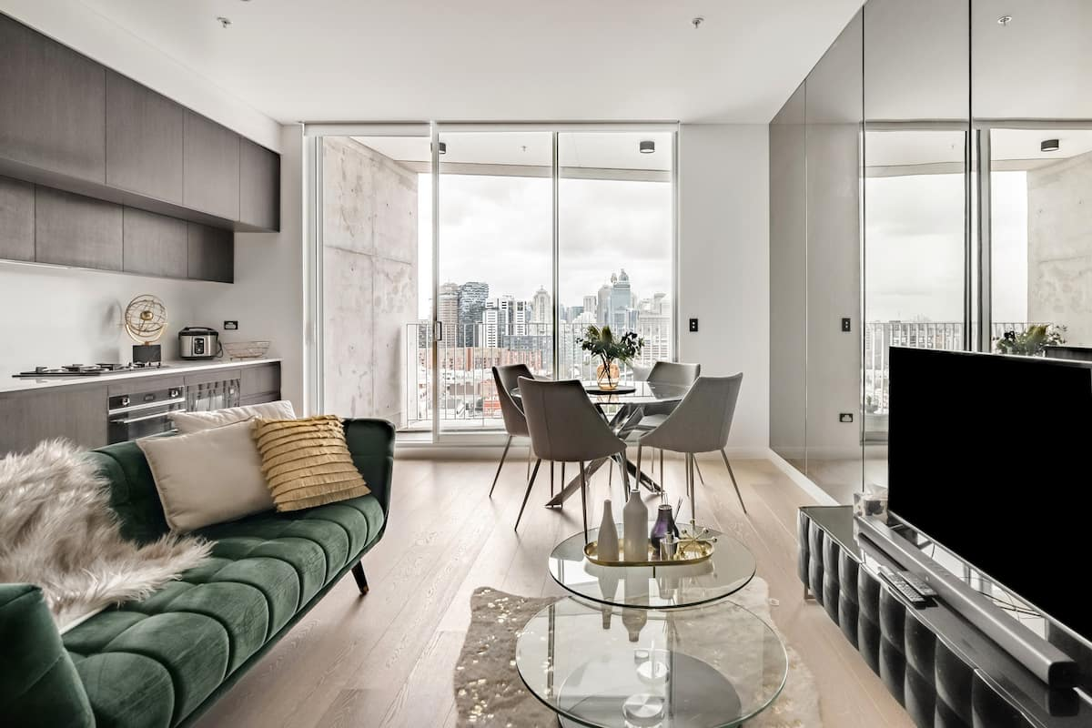 Skyline Views From an Exceptional Apartment