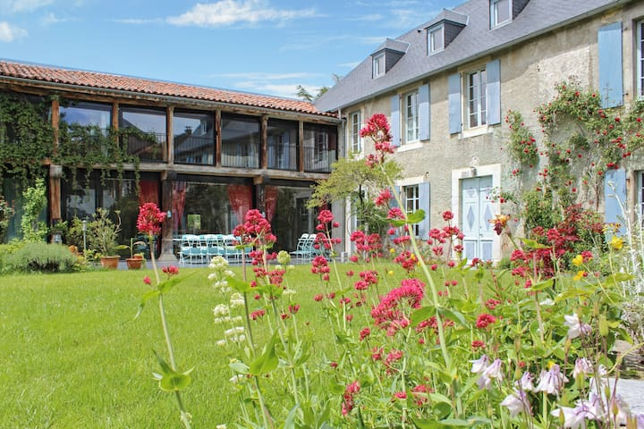 Luxury gîte with mountain views - La Barthe de Neste