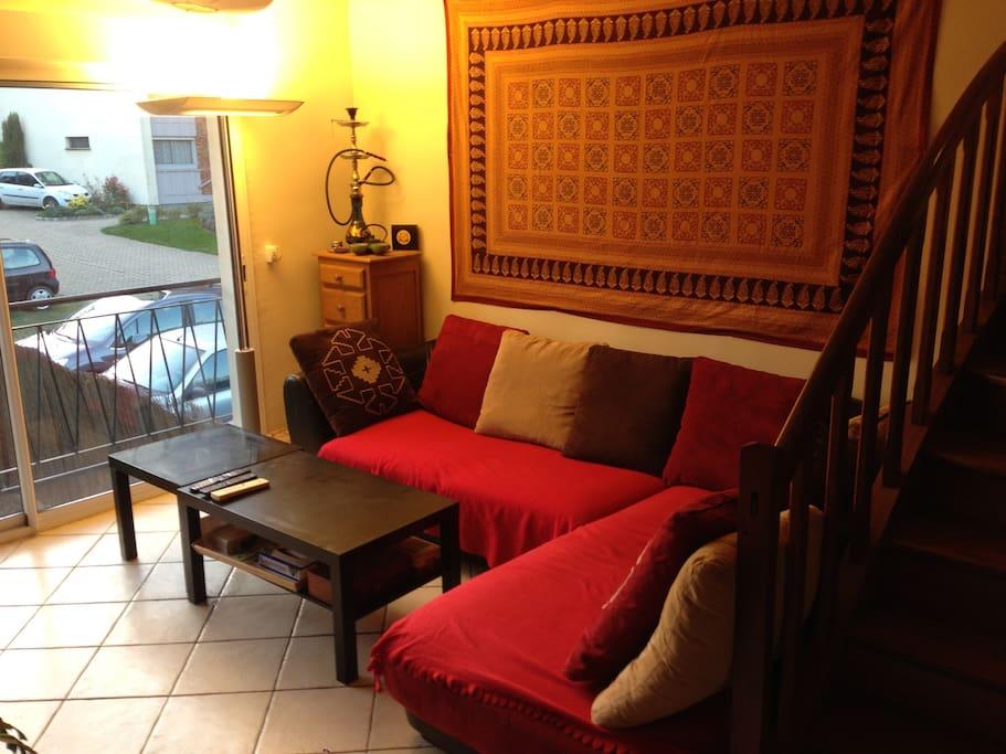 grande et belle chambre dans maison houses for rent in fontenay aux roses le de france france. Black Bedroom Furniture Sets. Home Design Ideas