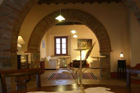 Una Toscana da sogno: Vetrica, - San Casciano dei Bagni - Huvila