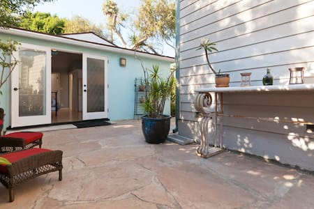 Venice Beach Cottage  Private & Light Filled - Venice - House