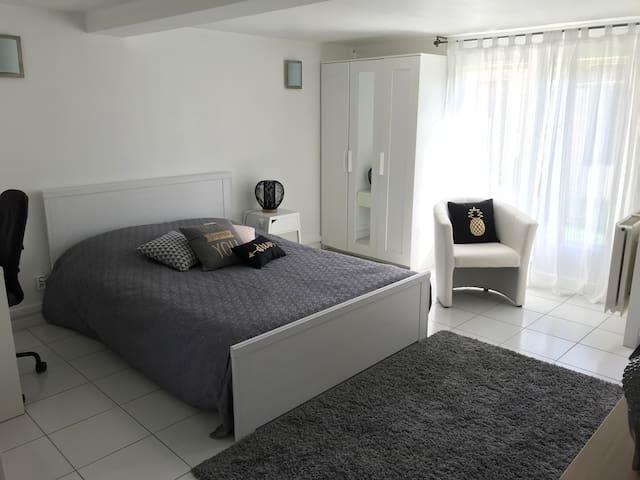 Appartement 36M2, Calme, Rez de jardin,