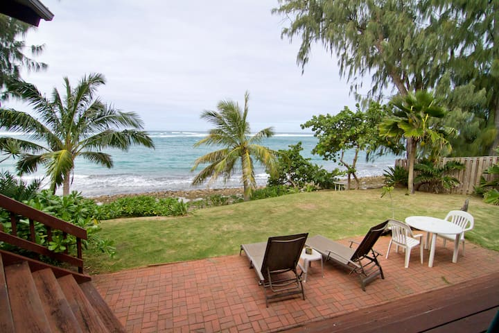 Oceanfront Loft Apartment - Kahuku - Apartment