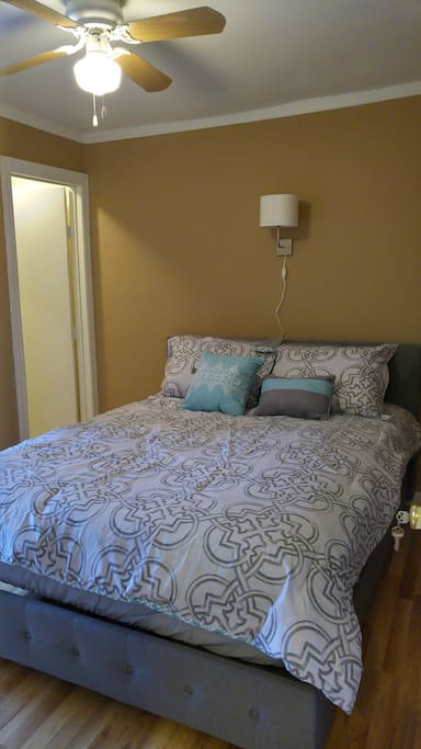 Private Two Bedroom Suite In Upper Fells Point Apartments For Rent In Baltimore Maryland