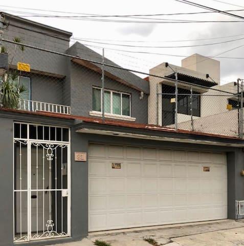Casa Las Américas en Enrique Ramírez