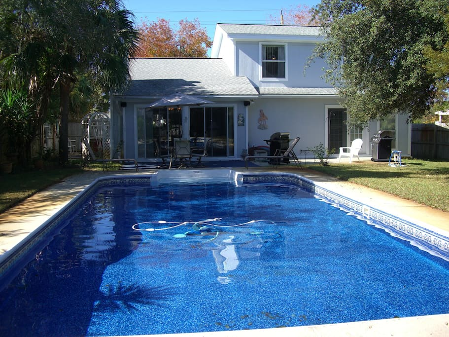 Very large private pool and large fenced in yard
