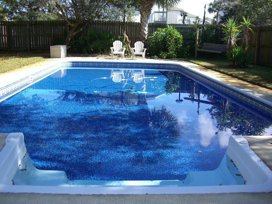 Large beautiful private pool