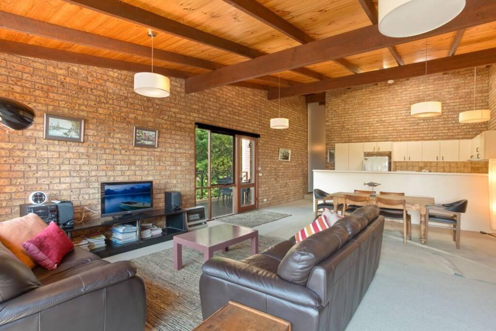 Large open plan kitchen/living/dining
