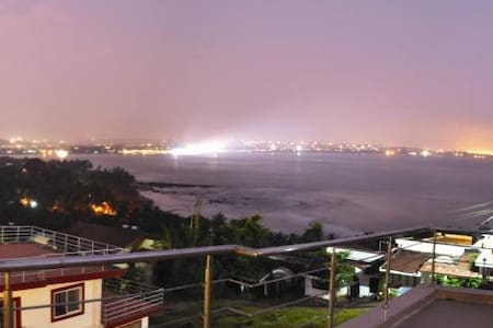 Sea View Villa 2BHK With Sea View Deck - Nerul