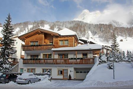 Beautiful apartment in San Cassiano - Alta Badia - San Cassiano - Wohnung