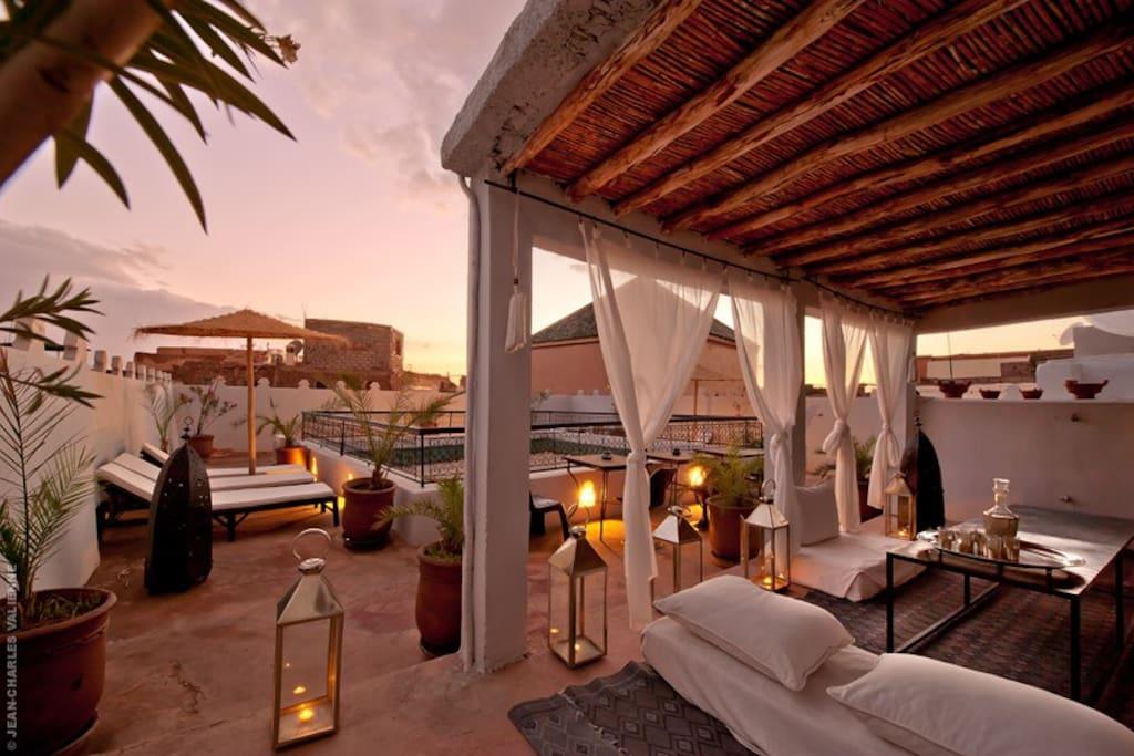 Riad guesthouse b b marrakech bed breakfast zur miete for Airbnb marrakech