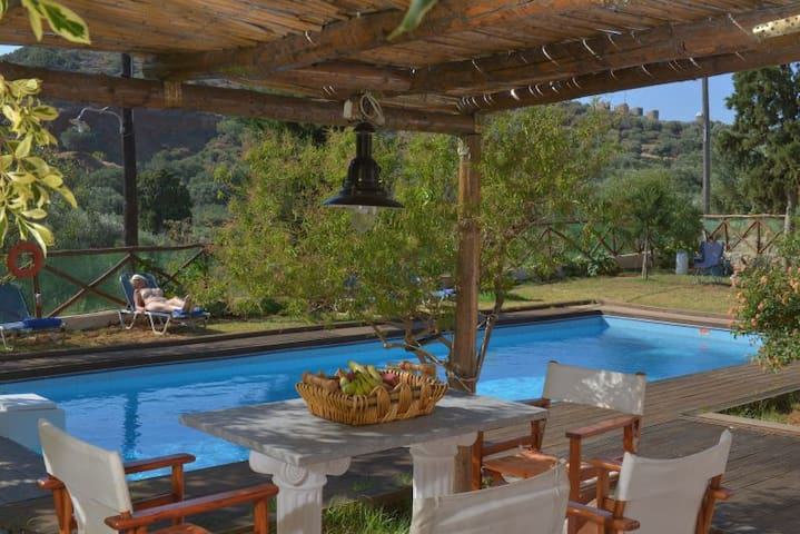 Crete Elounda Villa 'Almond 1' Big Pool! 4 PAX - Βρουχάς - Vila