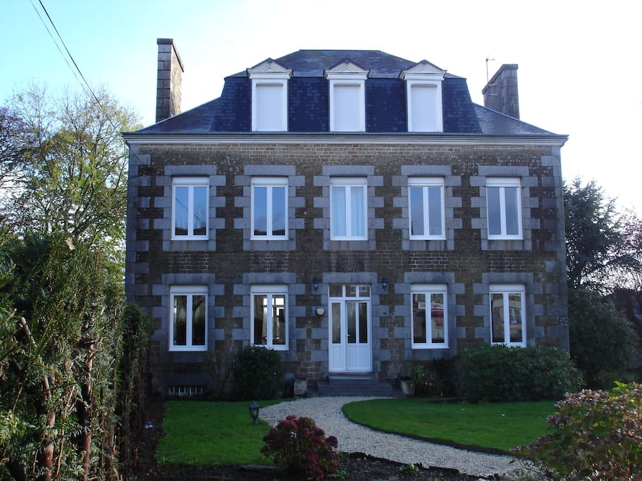 Residence le bourg chambres d 39 h tes louer landelles for Chambre d hotes basse normandie