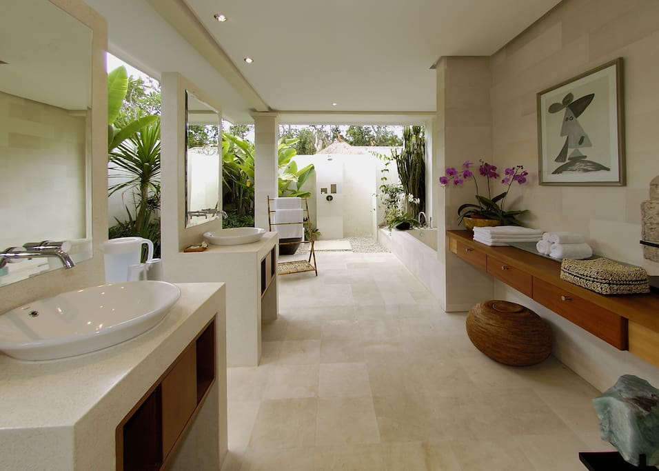 Bathroom-One bedroom pool villa royal
