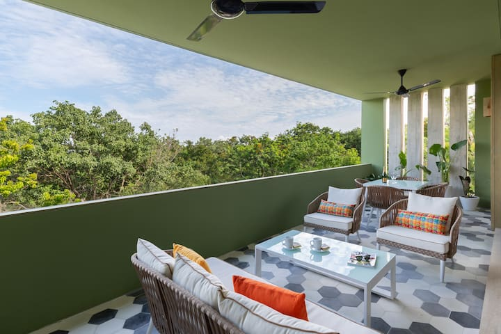 Stunning jungle views, perfect for any time of day to relax.