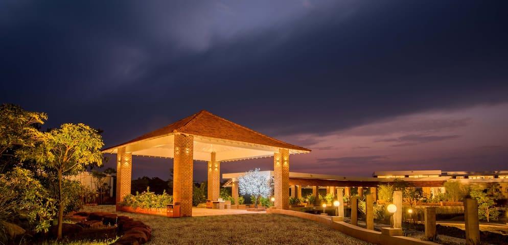 Modern amenities Deluxe Villa near Auroville 🐕